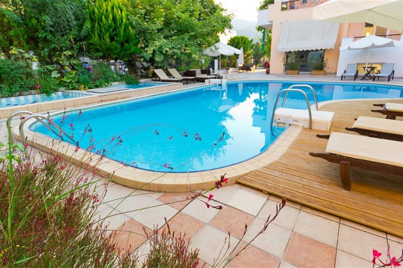 Filia Hotel & Apartments